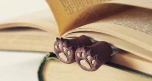 разделители за книги с формата на малки крачета