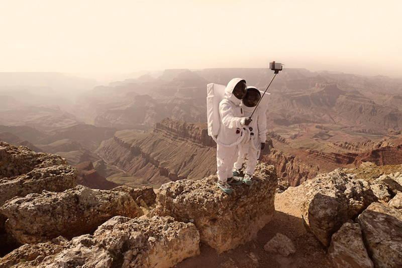серията фотографии на Жулиен Мове - Поздрави от Марс
