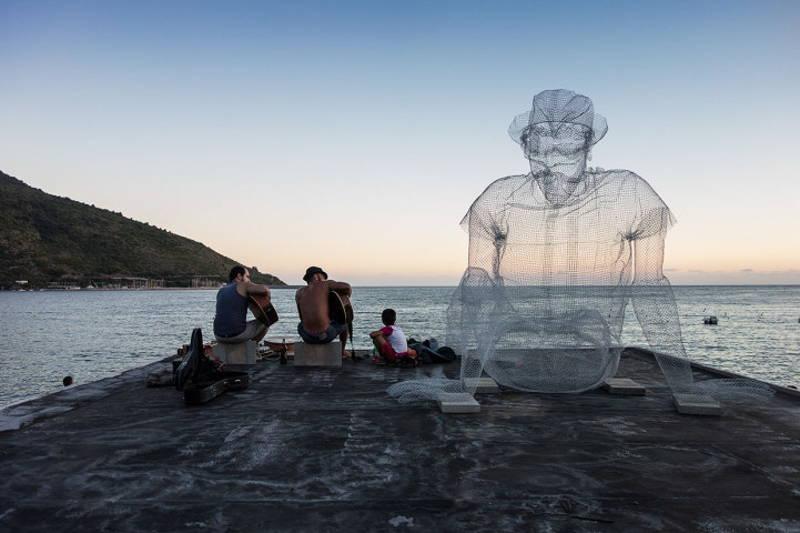 скулптури от телена мрежа