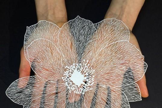 хартиени цветя