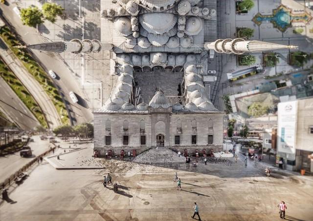 Снимките на Истанбул на турския фотограф Айдън Бююкташ ни представят нов облик на свят, където законите на вселената не важат.